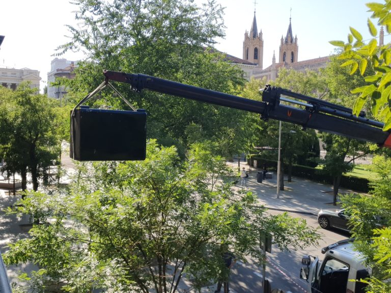 Transporte de Caja Fuerte con Grúa en Torrejón de Ardoz